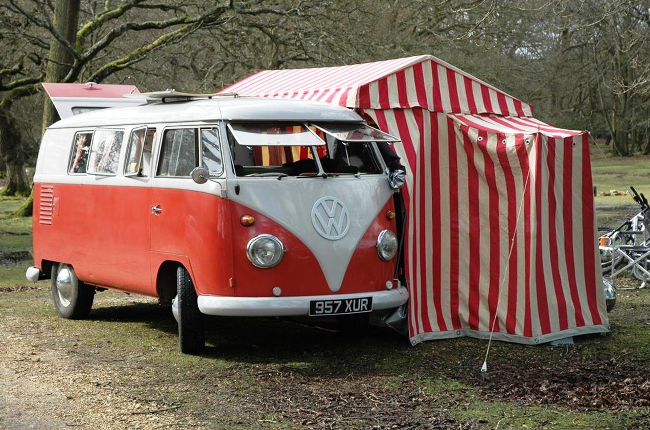 A split-bus with a side-enclosed tent. & Image | Format | Jakarta VW Campervan