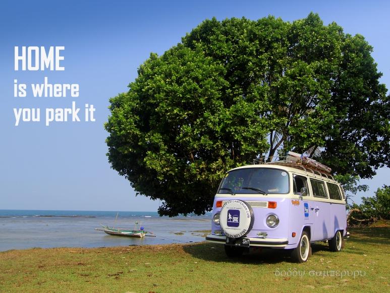 Location: Carita Beach, Banten. Lokasi: Pantai Carita, banten.