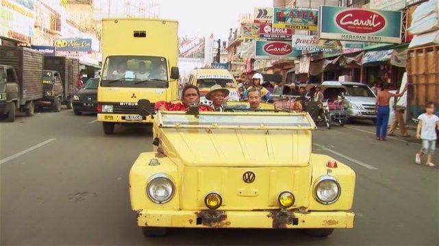 A Safari was used in a controversial documentary movie 'Act of Killing', 2012 - Sebuah VW Safari digunakan di film dokumenter yang kontroversial 'Act of Killing', 2012...