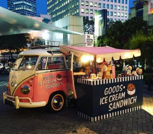 Pink Floyd selling ice cream sandwich at the recent Brightspot Fair in Senayan City, Jakarta. Photo from instagram/ingridarv