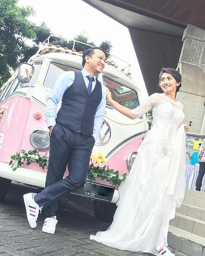 Wedding car 10